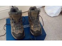 Mountain Ware House Mens Hiking Boots Size 8