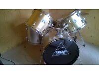 Black Rat Drum Kit full size in gold £160