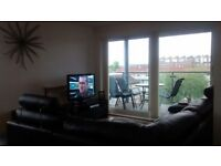 2 Bedroom 2 Bathroom Flat for rent in New Gorbals area £700 per Month Entry Date 15-10-17