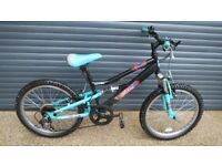 GIRLS APOLLO CHARM. SUSPENSION BIKE IN IMACULATE LITTLE USED CONDITION. (SUIT APPROX. AGE. 6 / 7+).