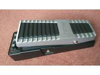 Boss pw-10 wah pedal V-Wah for bass and guitar