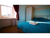 Festival Let - Bright, Modern Double Room in Leith