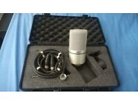 MXL-990 Studio Microphone (Mic, shock mount, XLR cable and carry case)