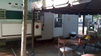 Roulotte chalet camping trailer