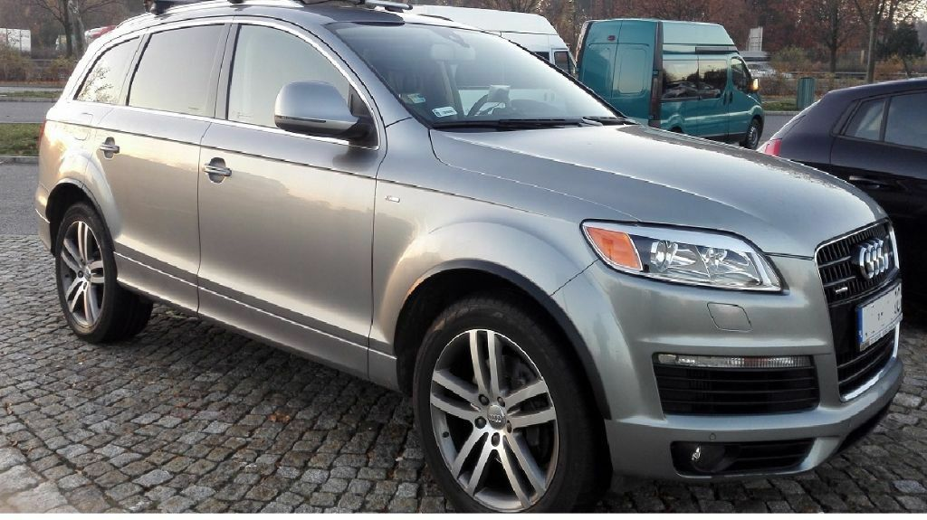 audi q7 4 2 tdi s line lhd 7 seater fsh keylessgo in falkirk gumtree. Black Bedroom Furniture Sets. Home Design Ideas