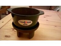 BLACK CAST IRON CHASSEUR WITH BLACK CAST IRON STAND VGC AS NEW,QUALITY PRODUCT