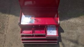 Halfords Top chest toolbox Red. Large.