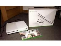 XBOX ONE S, LIKE BRAND NEW, BOXED,3 games, 5 months old!!