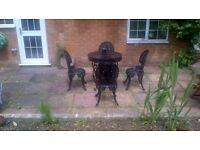 Victorian Style Cast Aluminium Garden Furniture Set/Patio Table +matching chinese lantern