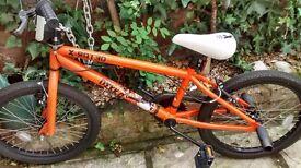 BMX stunt bike. DEKKA hardly used in perfect condition.