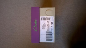 Clarks Binnie Nia Infant Girls Shoes Size 7.5F