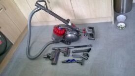 DYSON DC53 TOTAL CLEAN with all the accessories with receipt for £299.99 still has dyson warranty