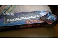 Casio ctk 550 eletronic keyboard - perfect for kids or beginners