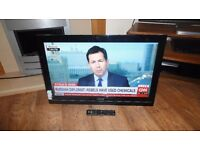 """TOSHIBA 32"""" LCD FREEVIEW TELEVISION"""