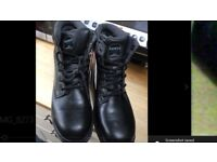Mens uk size 10 safety boots brand new never worn RRP58.99