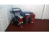 Petrol pressure washer 3000psi 6.5hp brand new and unused still boxed, can be used anywhere.