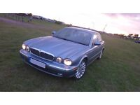 Jaguar XJ6 3.0 SE in Ice Blue with Dove Grey Leather. Long MoT, full service history