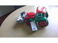 Lena Truxx Tractor
