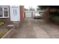 Parking space to let in Wortley