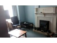 All bills included. Large room available in shared house in Nether Edge.