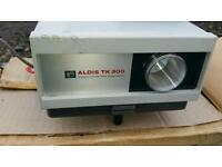 Aldis projector New with lens, .