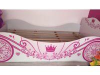 Gloss single wooden princess bed