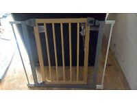 safety gate with extensions