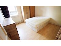 LARGE DOUBLE ROOM, CHANARY WHARF, 5 MINS TO STATION, ALL BILLS INCL, WIFI, REGULAR CLEANING SERVICE