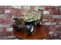 UNUSUAL VINTAGE LAMP BEDSIDE / STANDING OR WALL MOUNT RETRO US ARMY JEEP