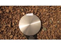 SMALL KITCHEN SALTER SCALES