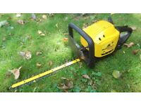 McCulloch 542 Compact Petrol Hedge Trimmer
