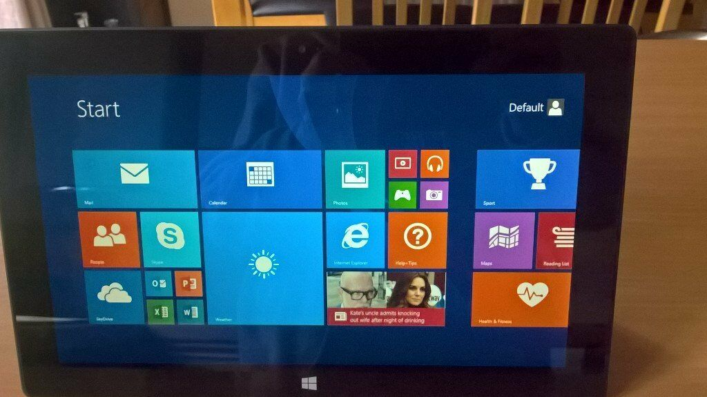 Microsoft Windows Surface RT 8.1 32GB Touchscreen with Office