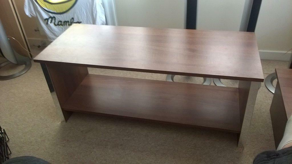 Matching tv stand and coffee table buy sale and trade ads for Matching tv stand and coffee table