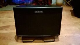 Roland AC-90 Acoustic guitar amp/ sound system with carrying case. REDUCED