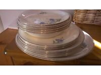 "Alfred Meakin ""Cornflower"" guilt-edged plate set excellent central London bargain"