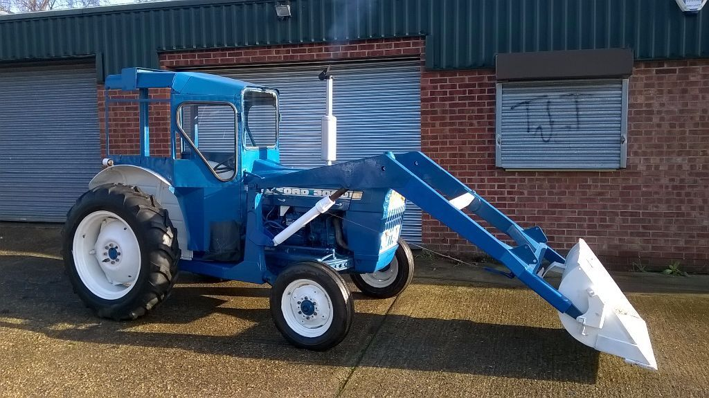 Ford 3000 Loader : Ford super dexta tractor with power loader