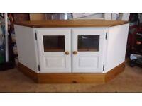 Large 'Ducal' corner TV unit. White and Pine. Quality manufacturer.