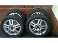 4 x FORD ALLOY WHEELS