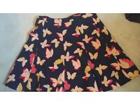 Oasis skirt size small