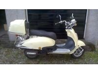 2015 Vespa / Moped 50cc Immaculate Condition (Automatic)