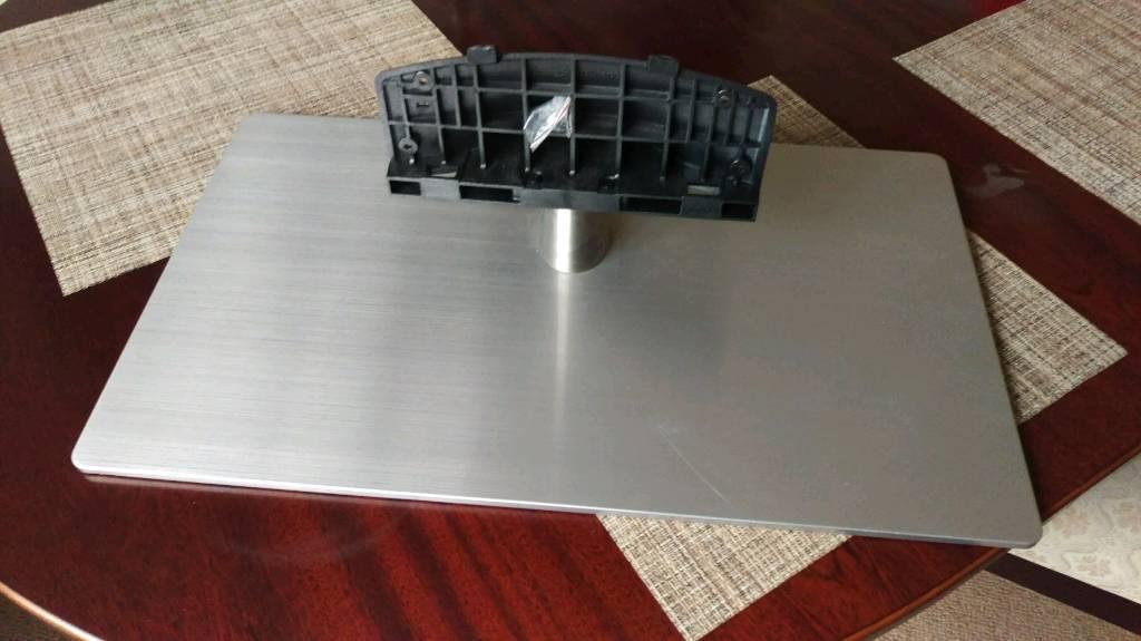 Samsung LED tv stand UE46F6670