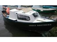 Boat 17ft two berths no trailer in water in Truro area tel ade 07783501254