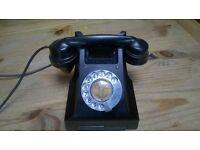 Black Bakelite Phone in good condition Collectors Piece Original condition