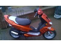 peugeot speedfight 50cc.2010. MOT till DEC 2017. learner legal but will do 45mph plus