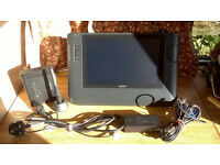 Wacom Cintiq 12wx, Used but well looked after and fully functional