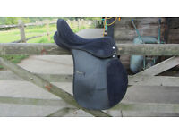 "Lightweight Size 16 inch 16"" Dark Blue & Black Synthetic Horse Saddle"