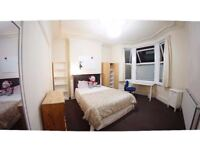 Double Size Room in femaIe House Flat Share -- mint pie