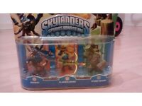 Skylander Gaints -DROBOT,FLAMESLINGER,STUMP SMASH-BNIB