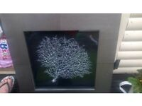 picture excellent condition looks gorgeous in any room