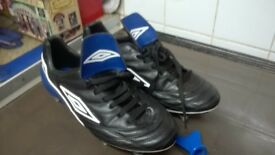UMBRO FOOTBALL BOOTS as new size 10 excellent condition steel studs and key.